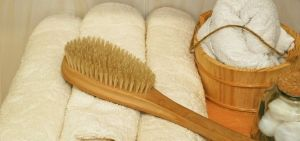step-step-guide-dry-skin-brushing